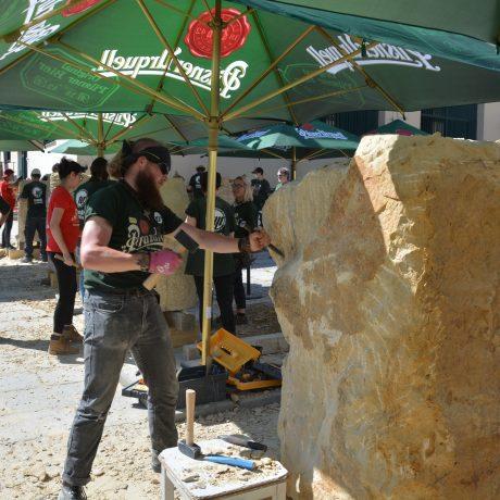 Den druhý – bereme sochařské nářadí do ruky